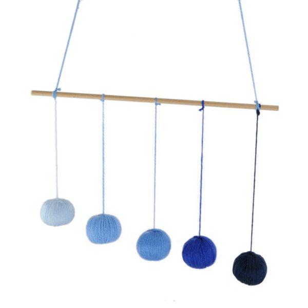 mobile de gobbi bleu