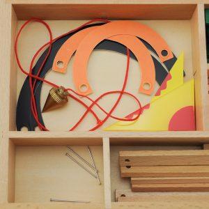 boite de géométrie montessori idées d'activités