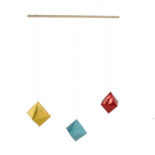 mobile des octaèdres brillant
