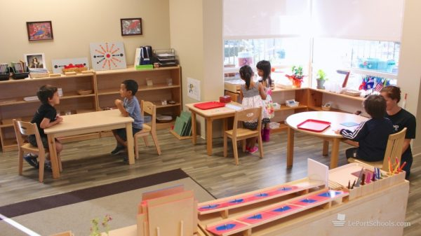 aménagment classe montessori